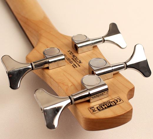 Cort Action PJ Bass Diecast Machine Heads