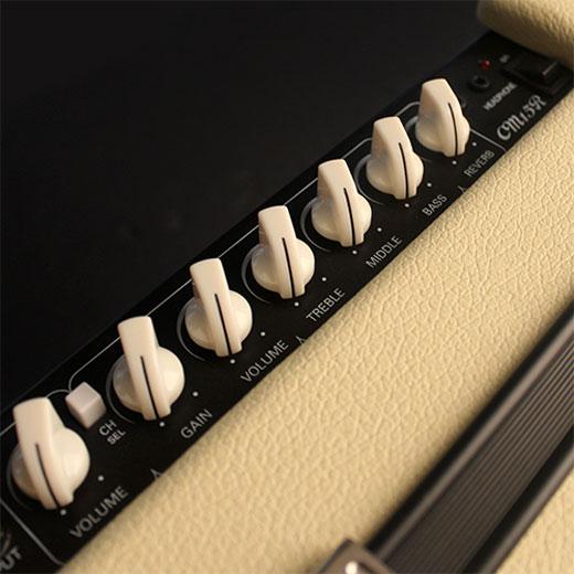 Cort CM15R Guitar Amplifier Sound Contols